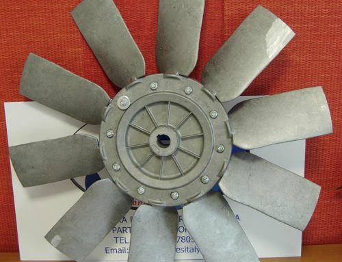 Aluminum fan with adjustable 10 blades